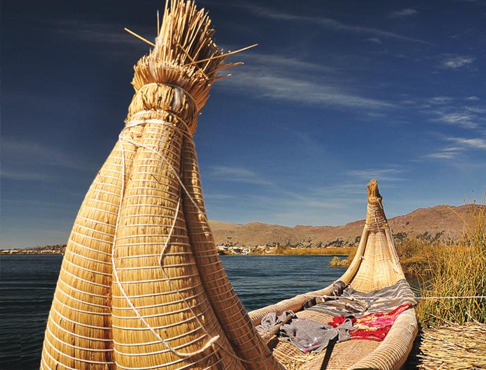 peru_uros_island_boat_24